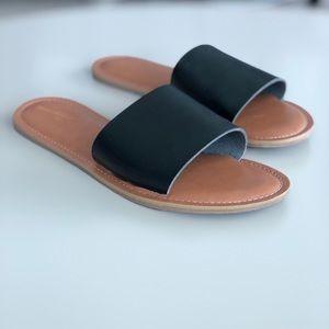 Shoes - Black slip on sandal